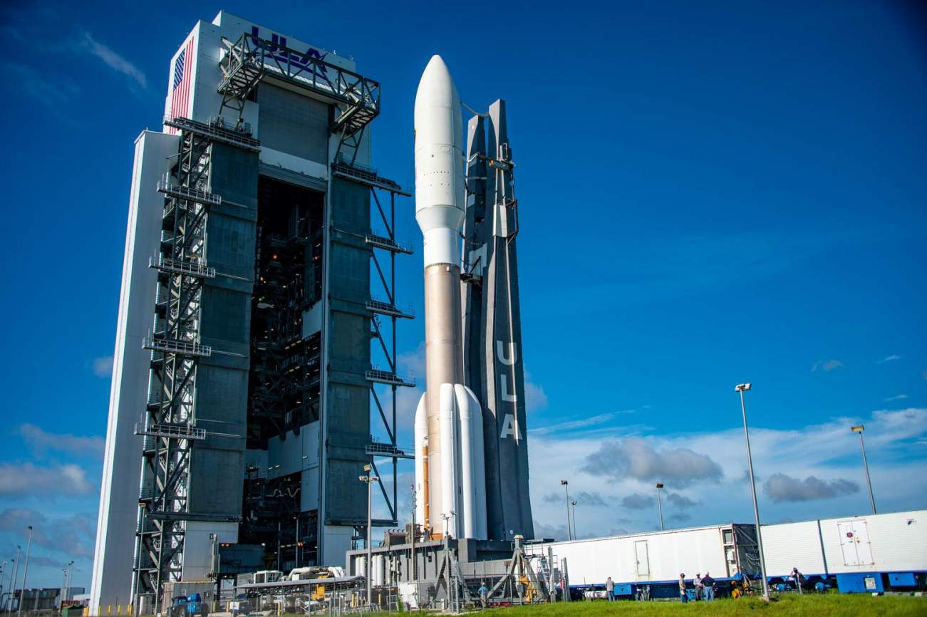 Preparing for a Space War, the Air Force Hardens Its Satellites