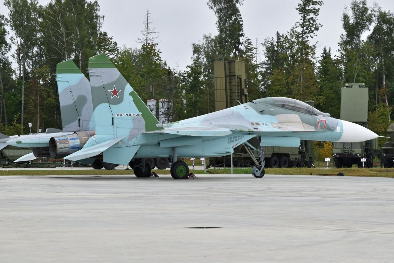 Is Russia's New Su-35S Fighter Really Better Than the Old Su-27?