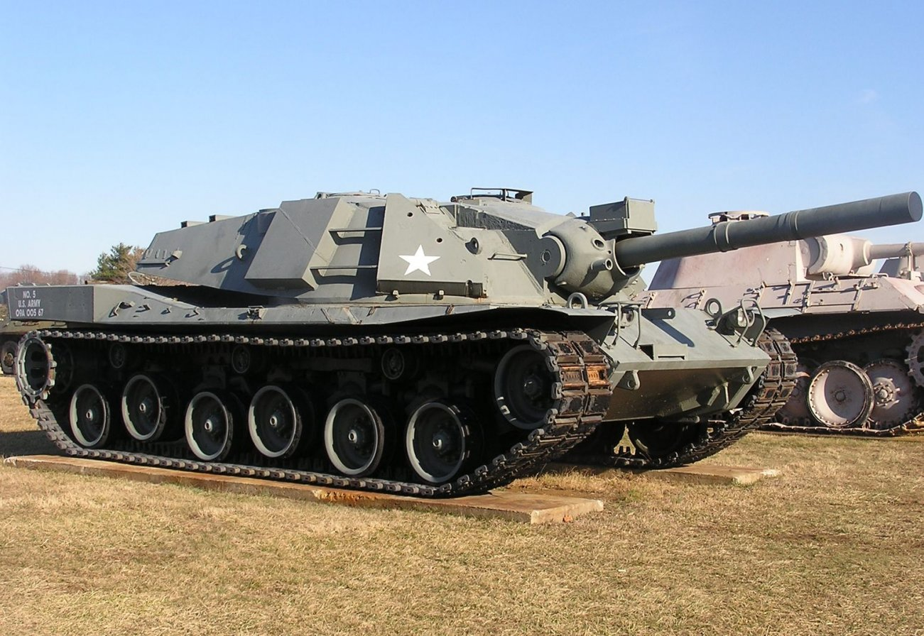 Check Out These 3 Insane Cold War Tanks That Were Never Mass Produced