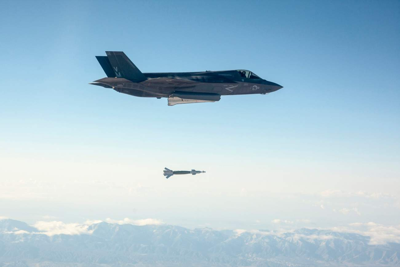 Will The Navy's 6th Generation Fighter Jet Be The End Of the U.S. F-35 and F-22?