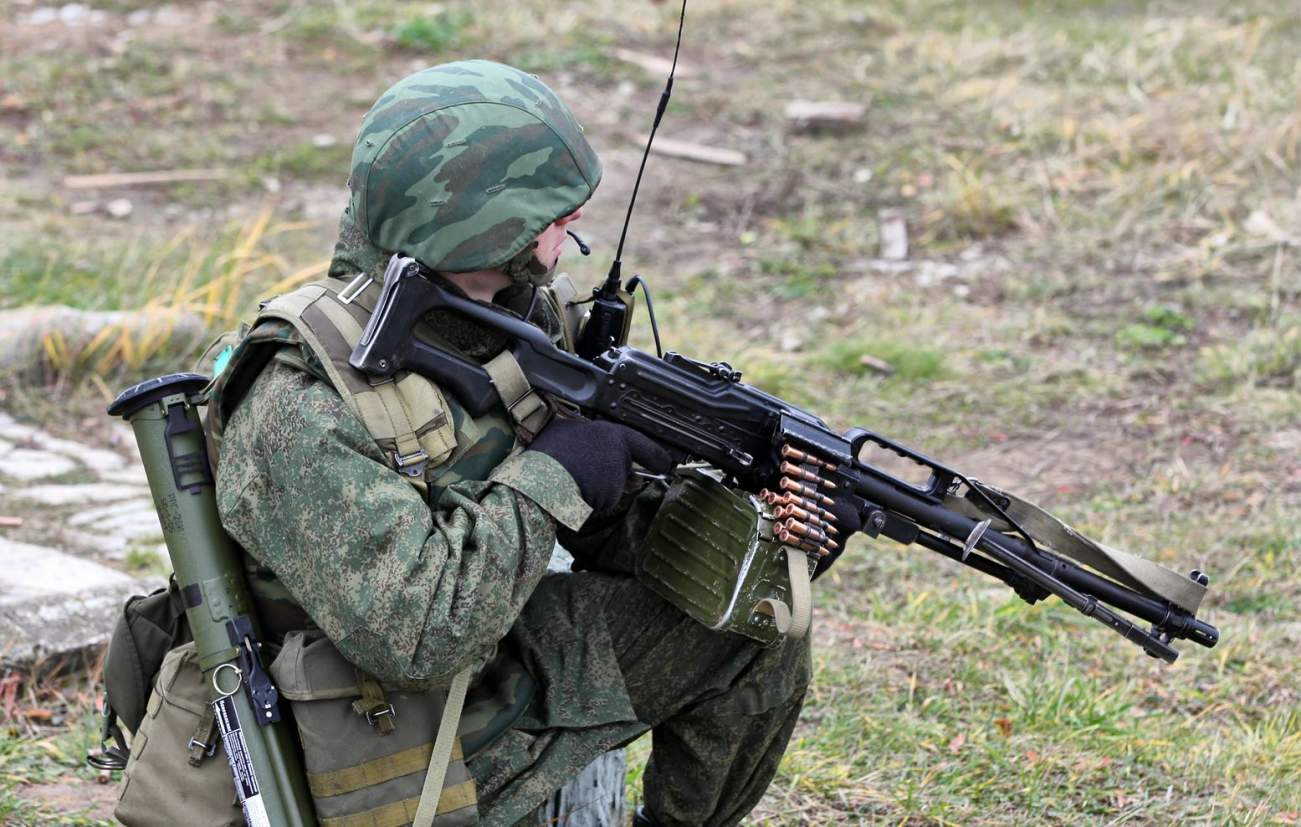 Forget Stealth and Missiles: Meet the Russian Army's Greatest Guns (All in One List)