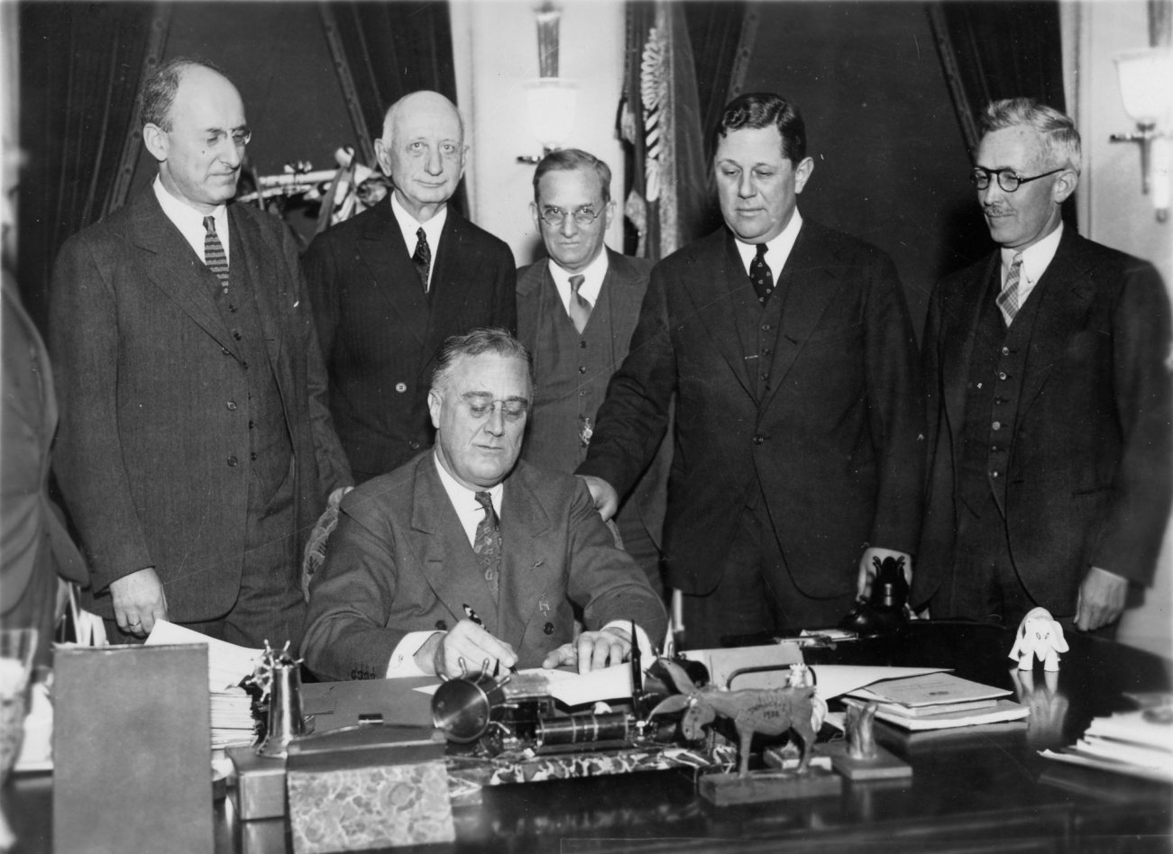 Why the U.S. Government Seized Citizens' Gold in the 1930s