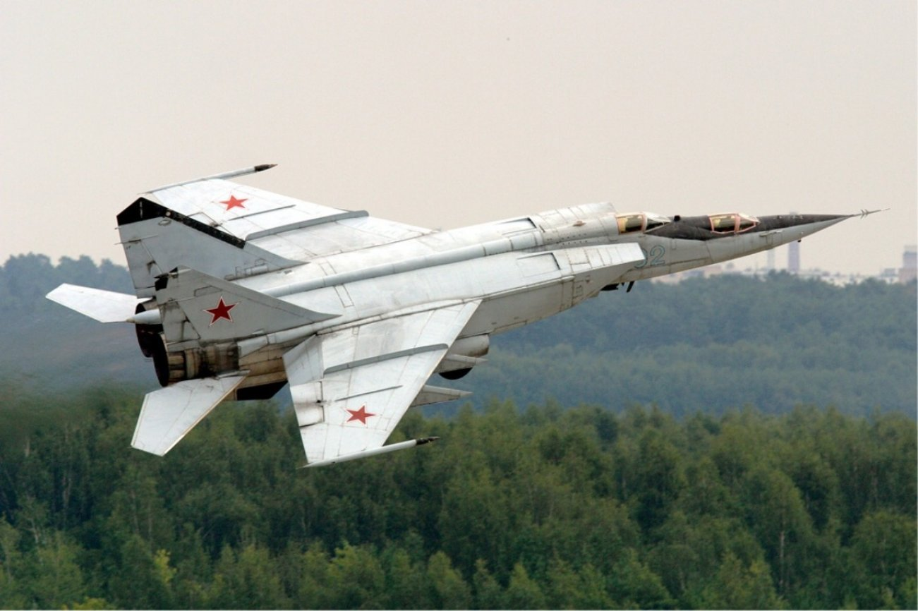 Russia Wanted its Supersonic MiG-25 to Be a Passenger Plane