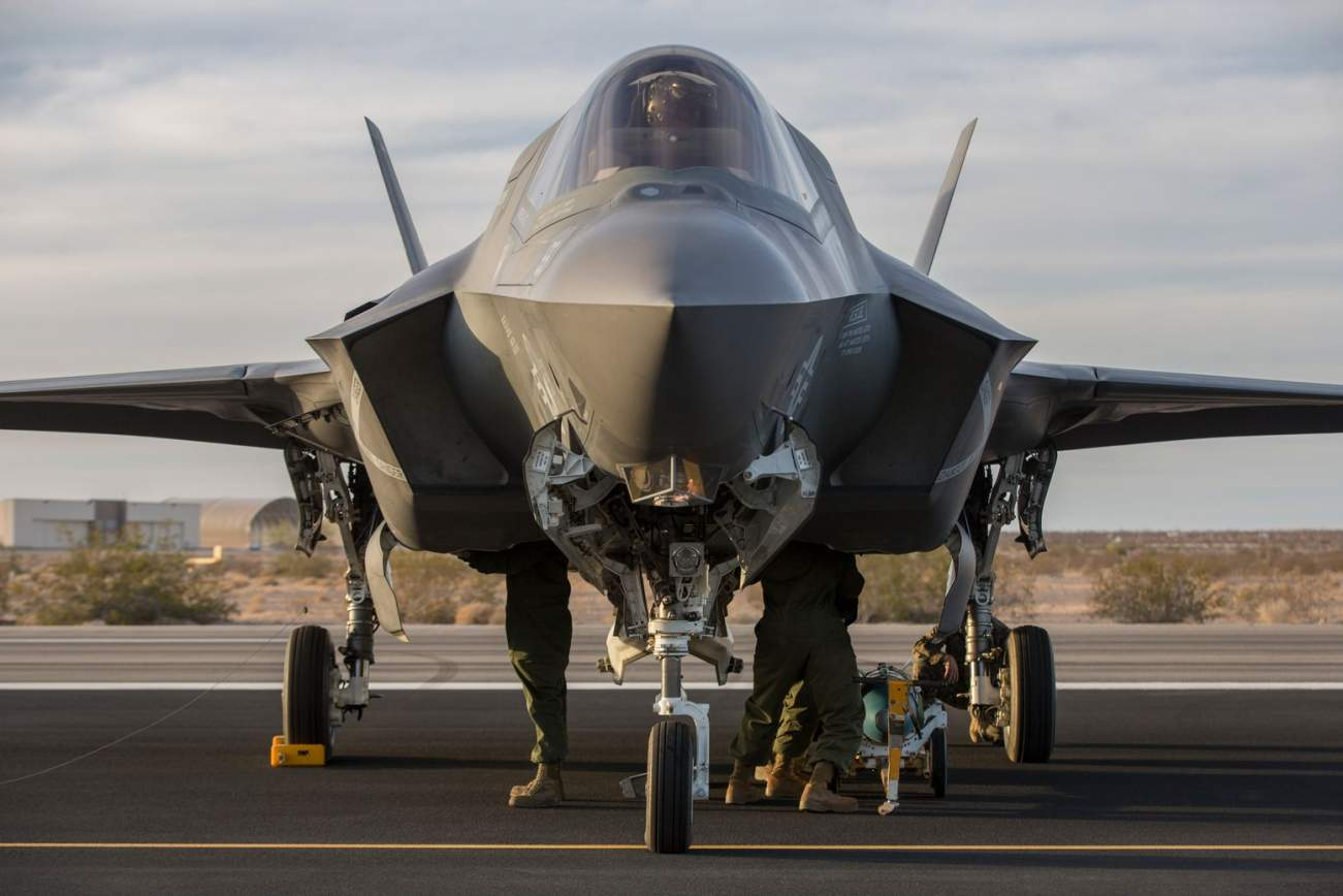 Air Force F-35s Are Practicing to Fight and Win Against Russia's S-400