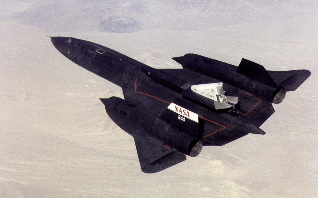 A New 'SR-71' Spy Plane Could Soon Return To the Skies (At Hypersonic Speeds)