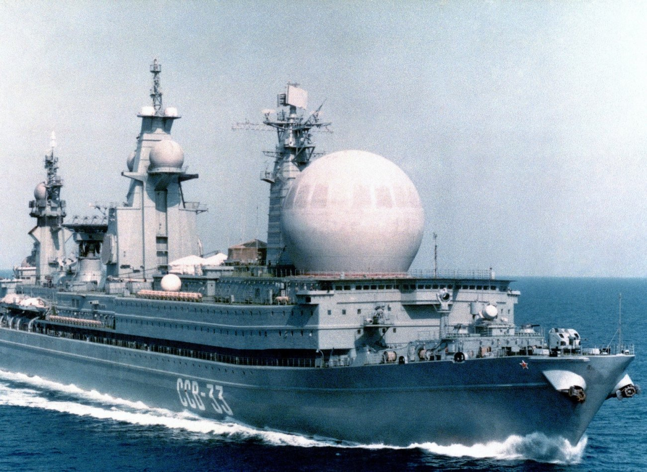 Russia's Giant Nuclear Spy Ship Was a Floating Disaster