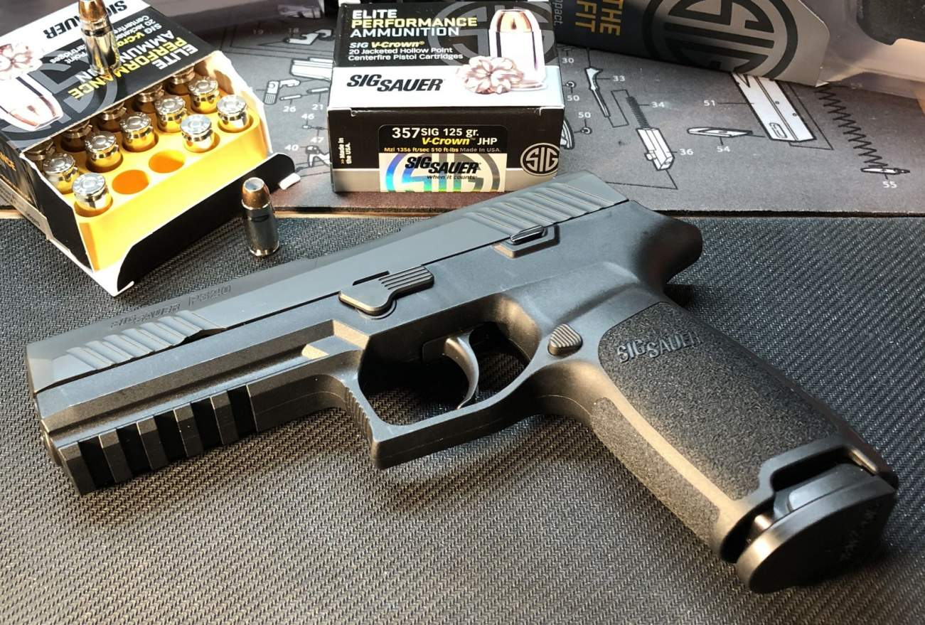 The Sig Sauer P-320: Here Are All the Facts (We Know The Army Likes It)