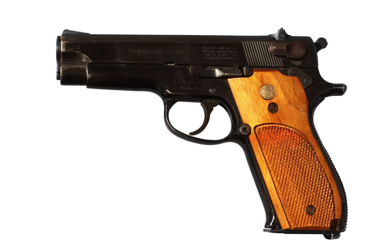 The Smith & Wesson Model 39: That Old 9mm Gun That Won't Just Go Away