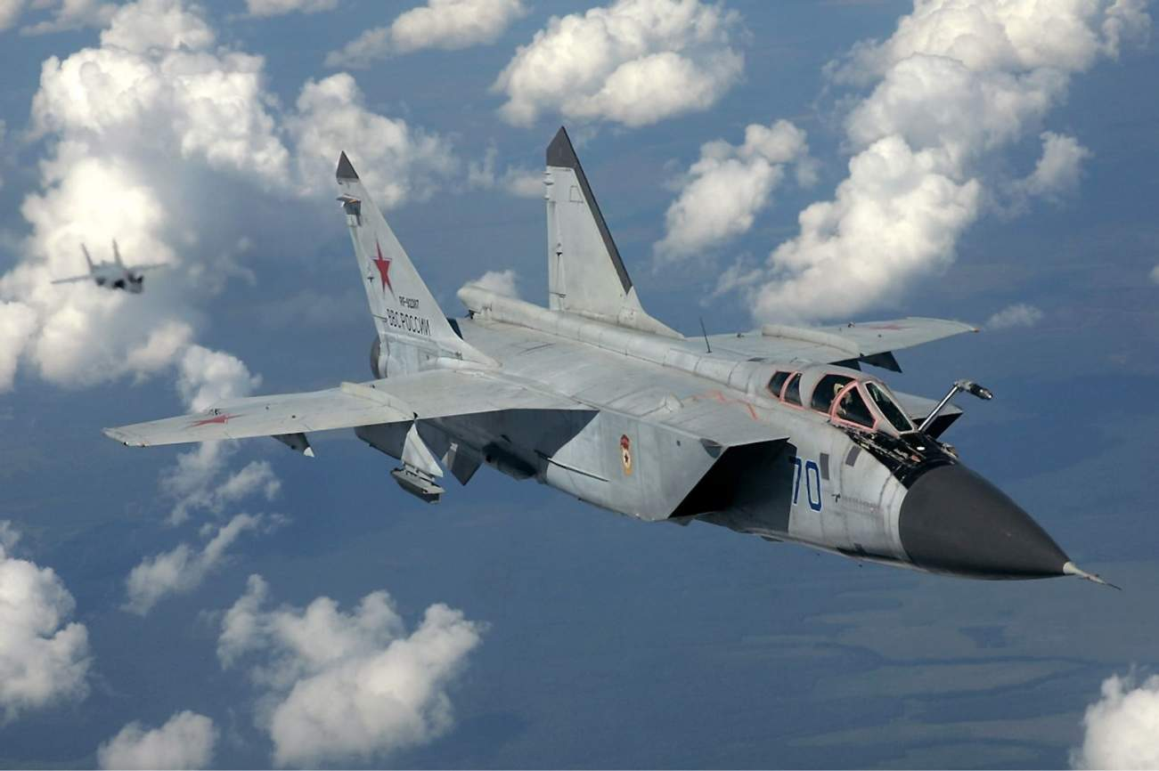 Meet the MiG-31: Russia's Killer Interceptor That Is Really Fast