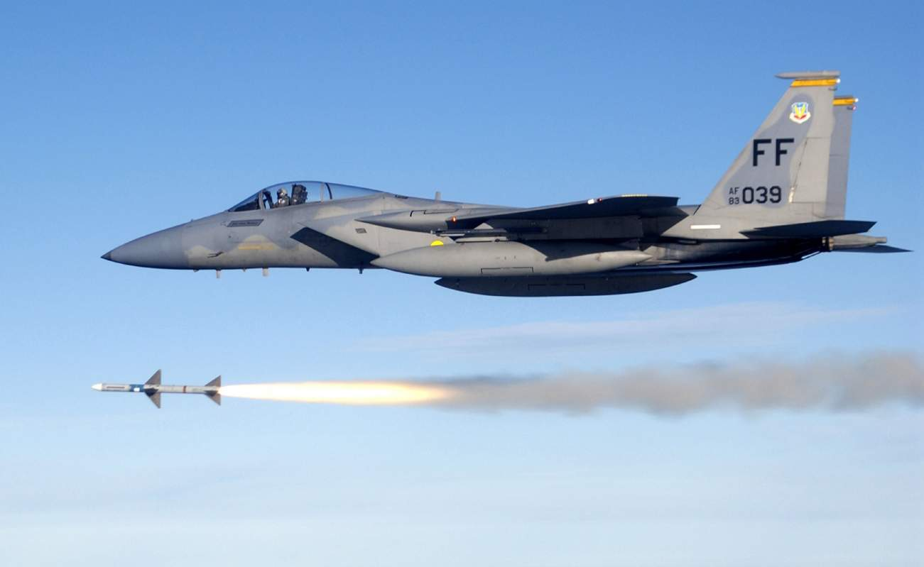 Why Iran, Russia or North Korea Don't Want to Fight an 'Old' F-15 Eagle