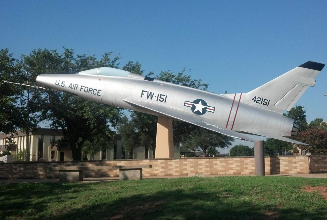Meet the F-100 Super Sabre: America's First Supersonic Fighter