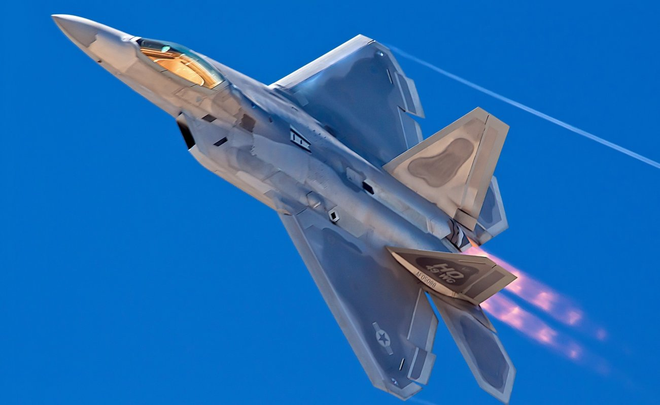 Surprise: France May Have Figured Out How to Kill Stealth F-22 Raptors