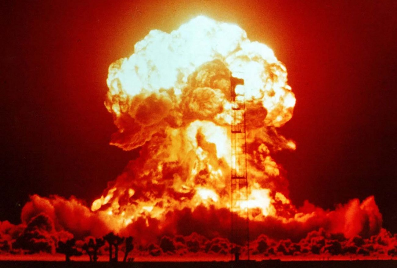 A Top Expert Just Told Us 5 Ways a Nuclear War Could Start (Think Billions Dead)