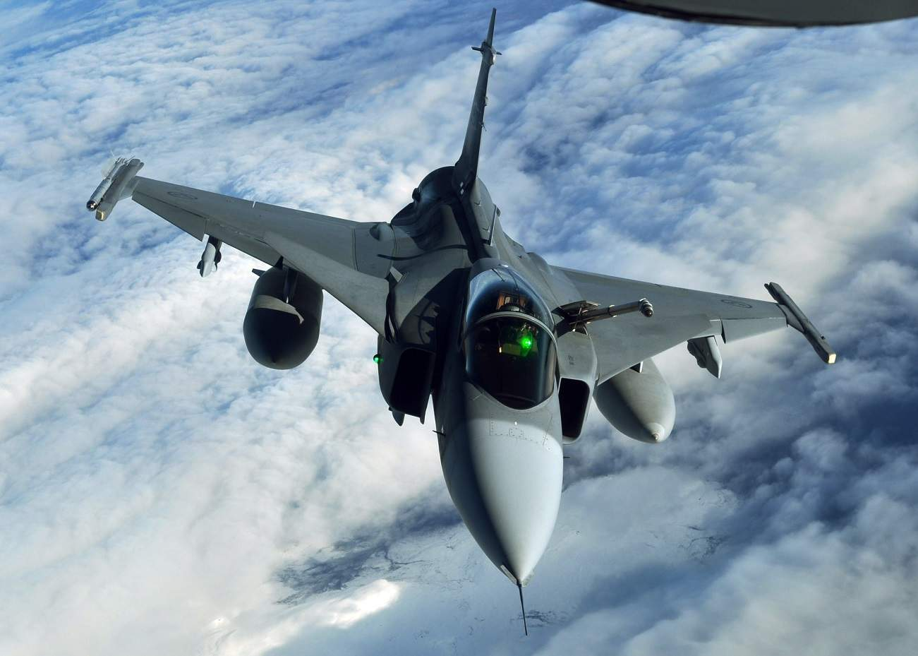This One Cheap Fighter Jet From Sweden Crushed China's Air Force