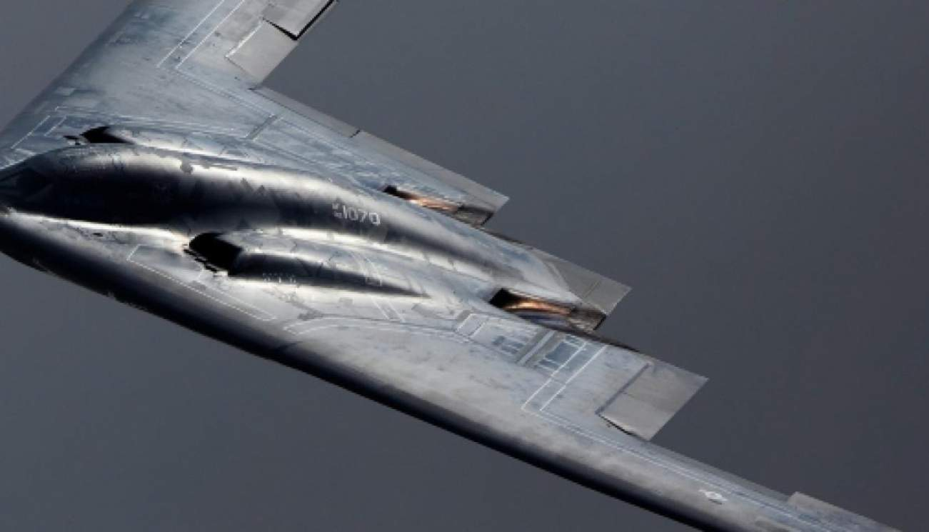 This Picture Should Terrify America's Enemies: A B-2 Bomber Coming to 'Visit'
