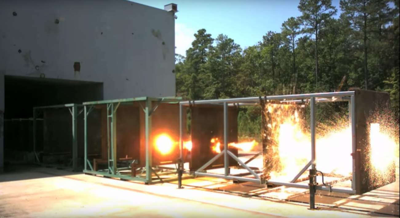 The U.S. Navy Wants Deadly Railguns On Its Ships. Good Luck with That.