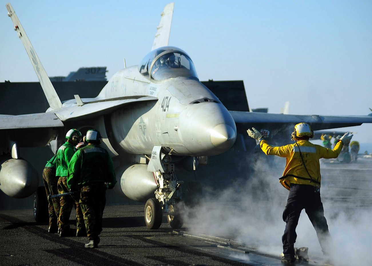 Why Boeing's F/A-18E-F Super Hornet Is One Dangerous Fighter Jet