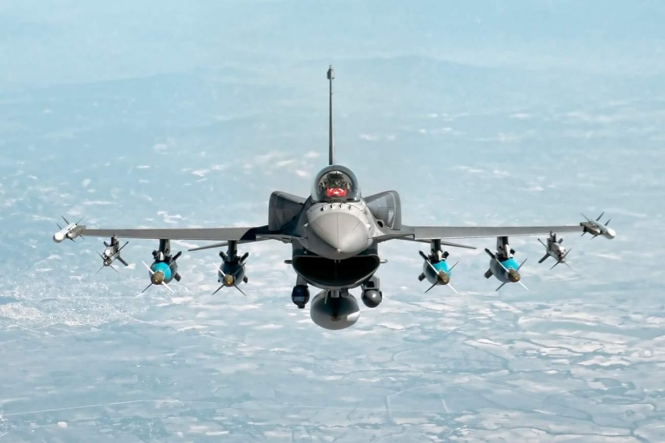 The F-16 Fighting Falcon Still Strikes Fear into Russia and China