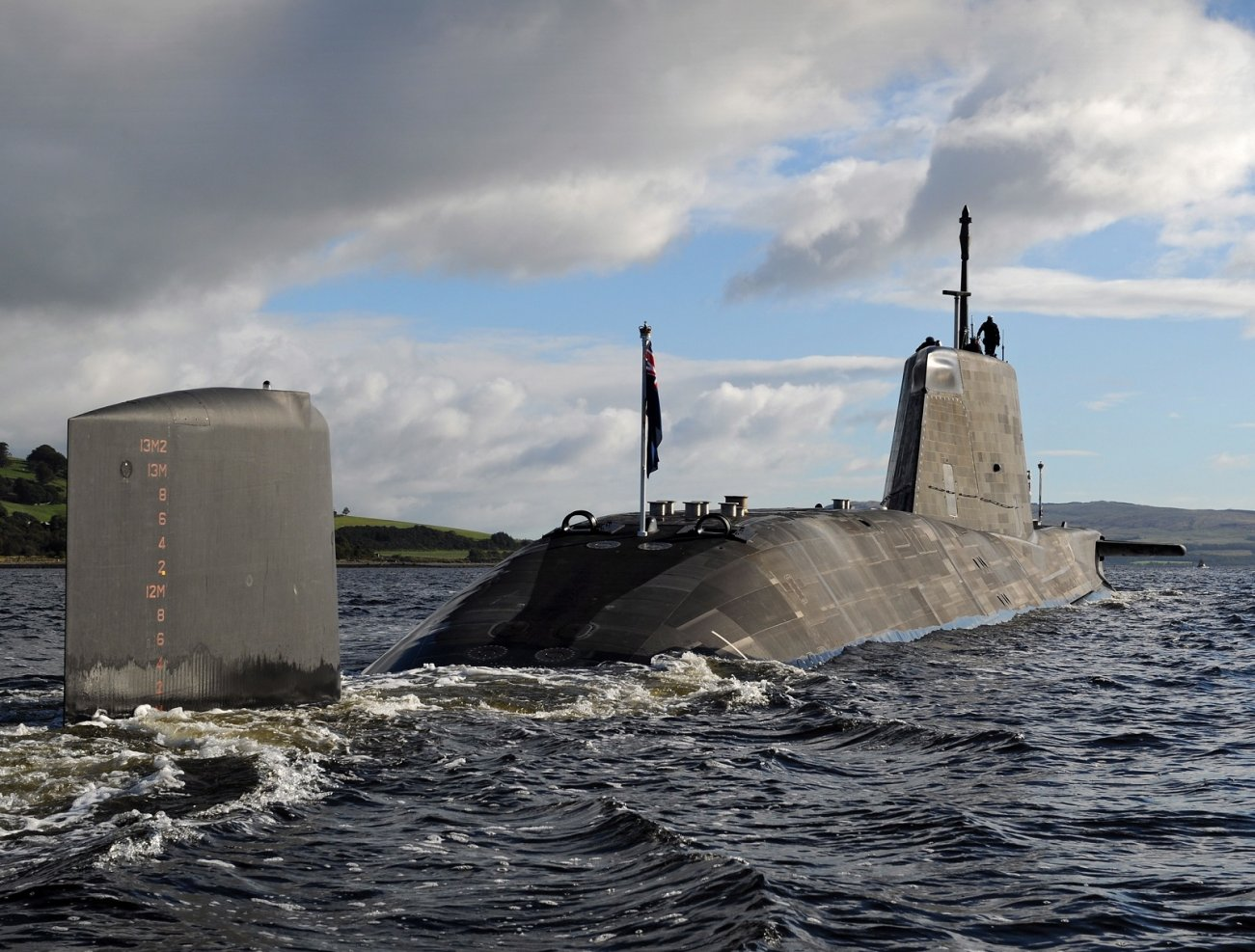 This Nuclear Submarine Freaks Russia Out: Meet the Astute-Class (Not American)